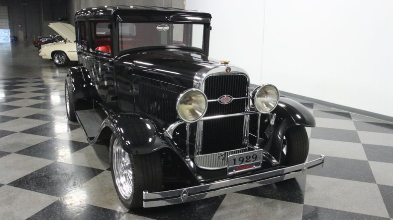 1929 Oldsmobile 4 Door Sedan Restomod 18