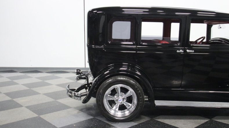 1929 Oldsmobile 4 Door Sedan Restomod 31