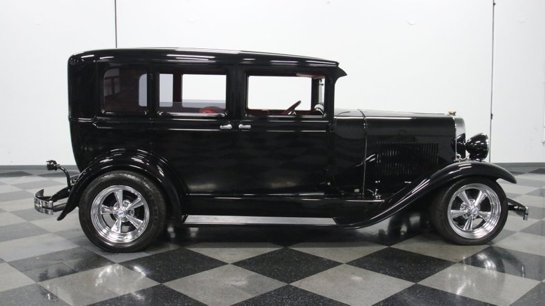 1929 Oldsmobile 4 Door Sedan Restomod 30