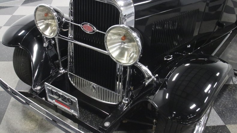 1929 Oldsmobile 4 Door Sedan Restomod 22