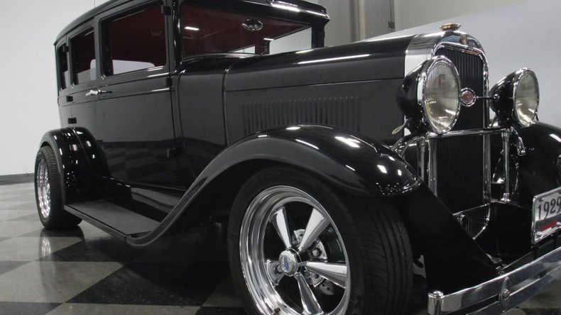 1929 Oldsmobile 4 Door Sedan Restomod 69