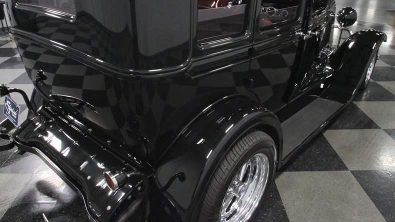 1929 Oldsmobile 4 Door Sedan Restomod 68