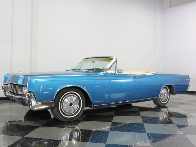 For Sale: 1966 Lincoln Continental