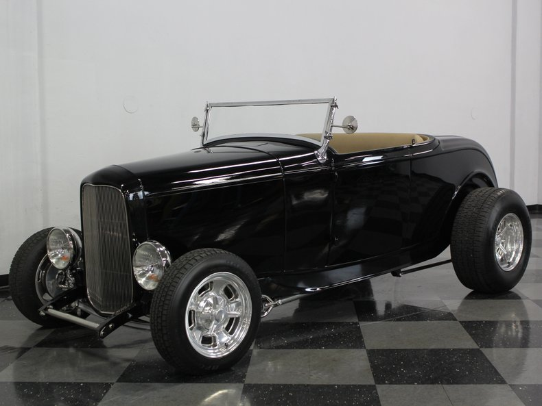 1932 Ford Roadster | Streetside Classics - The Nation's Trusted