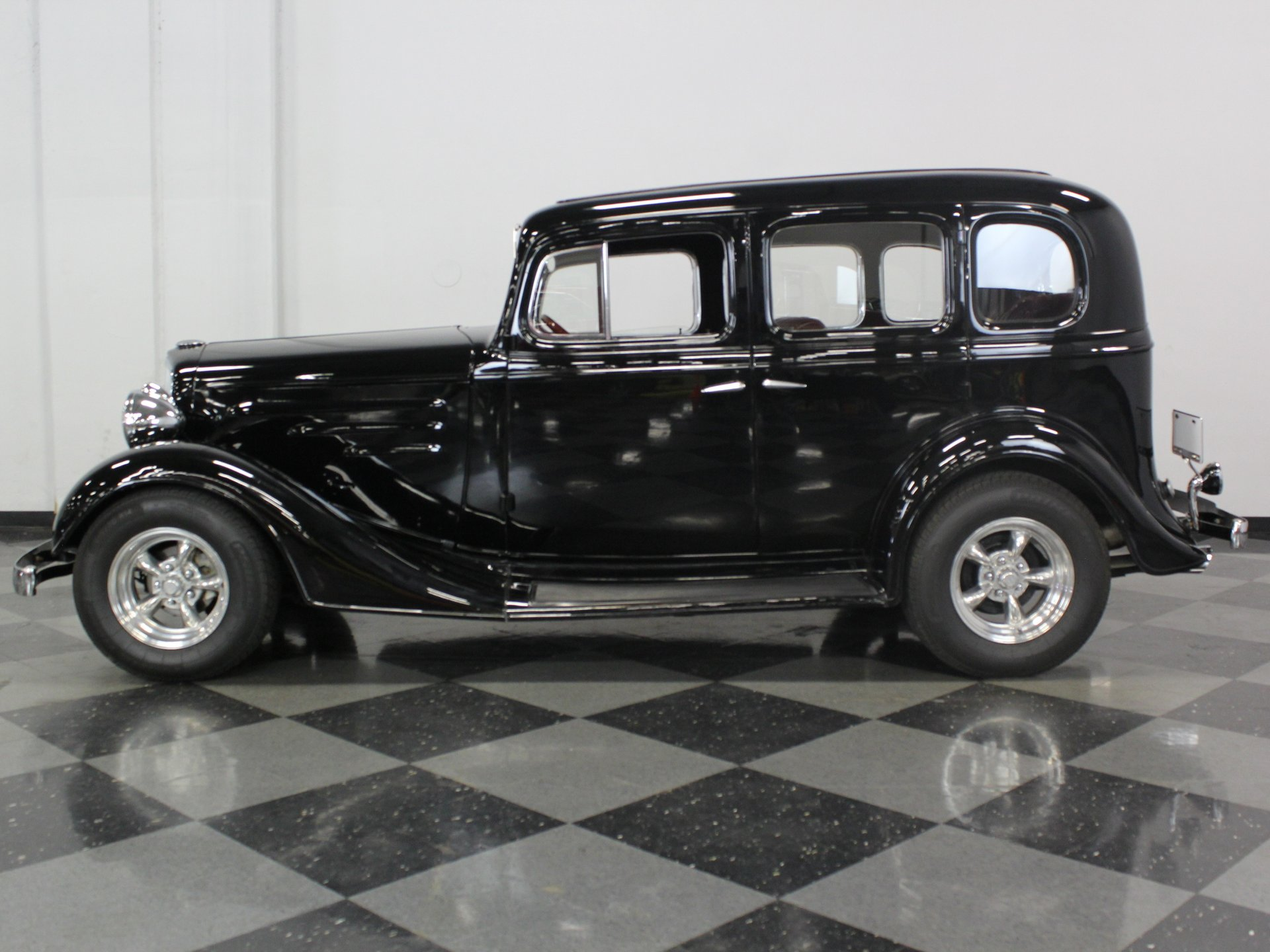 1935 chevrolet standard sedan