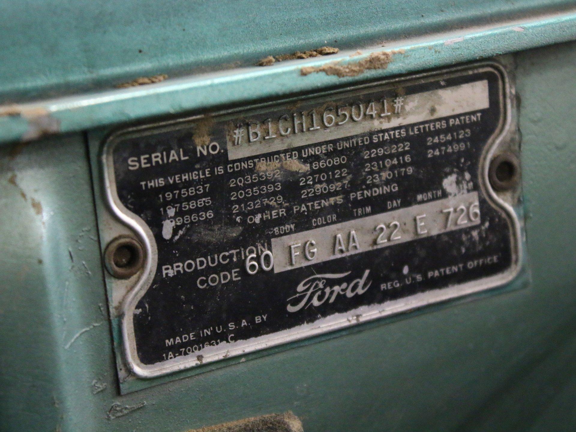 1951 ford custom victoria