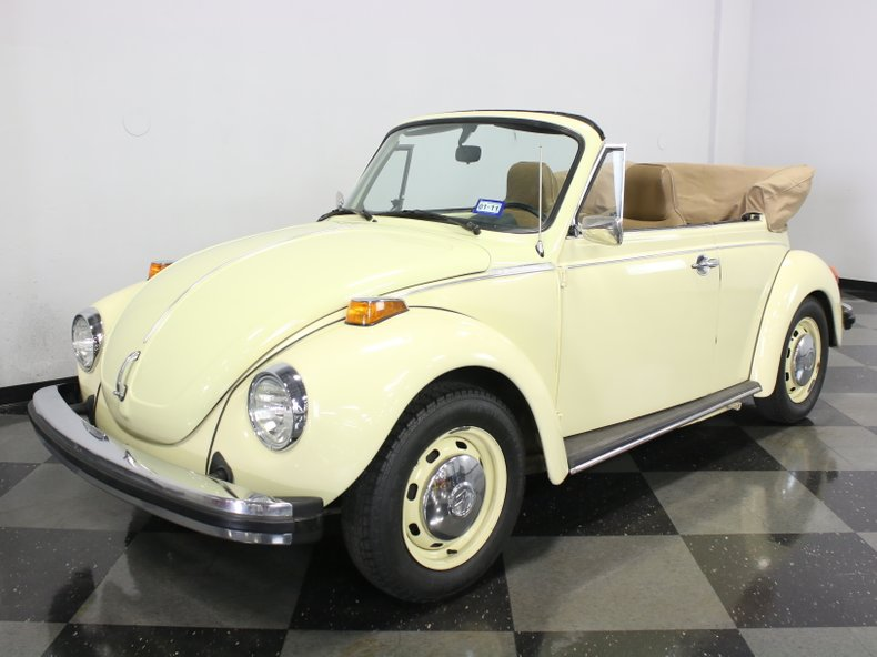 For Sale: 1975 Volkswagen Super Beetle
