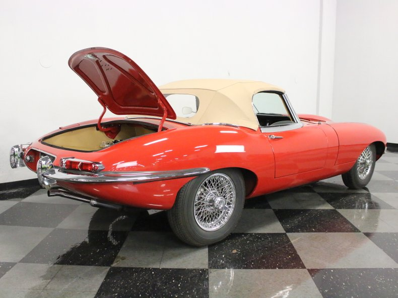 1967 Jaguar E-Type 46