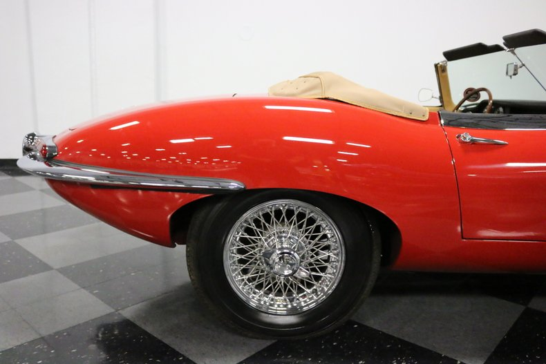 1967 Jaguar E-Type 39