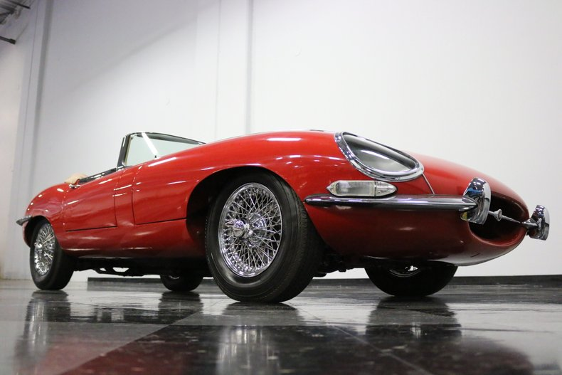 1967 Jaguar E-Type 42