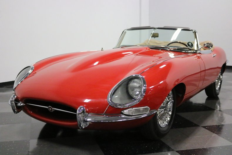 1967 Jaguar E-Type 19