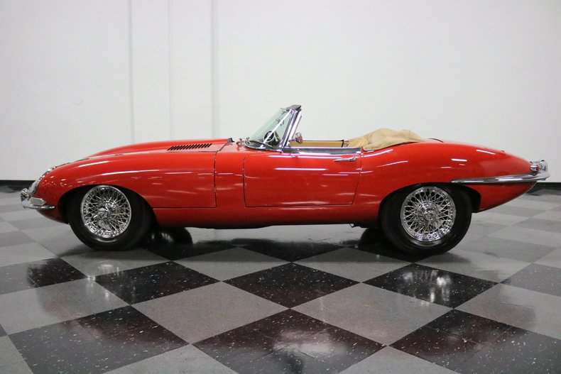 1967 Jaguar E-Type 2