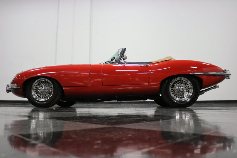 1967 Jaguar E-Type 29