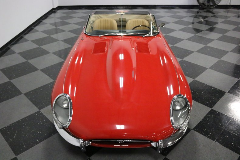 1967 Jaguar E-Type 26