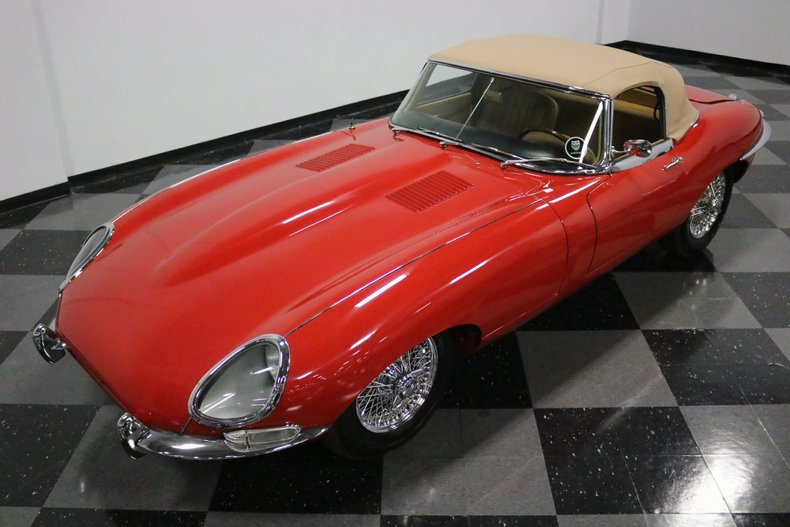 1967 Jaguar E-Type 22