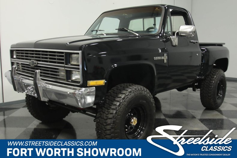 For Sale: 1976 Chevrolet K-10