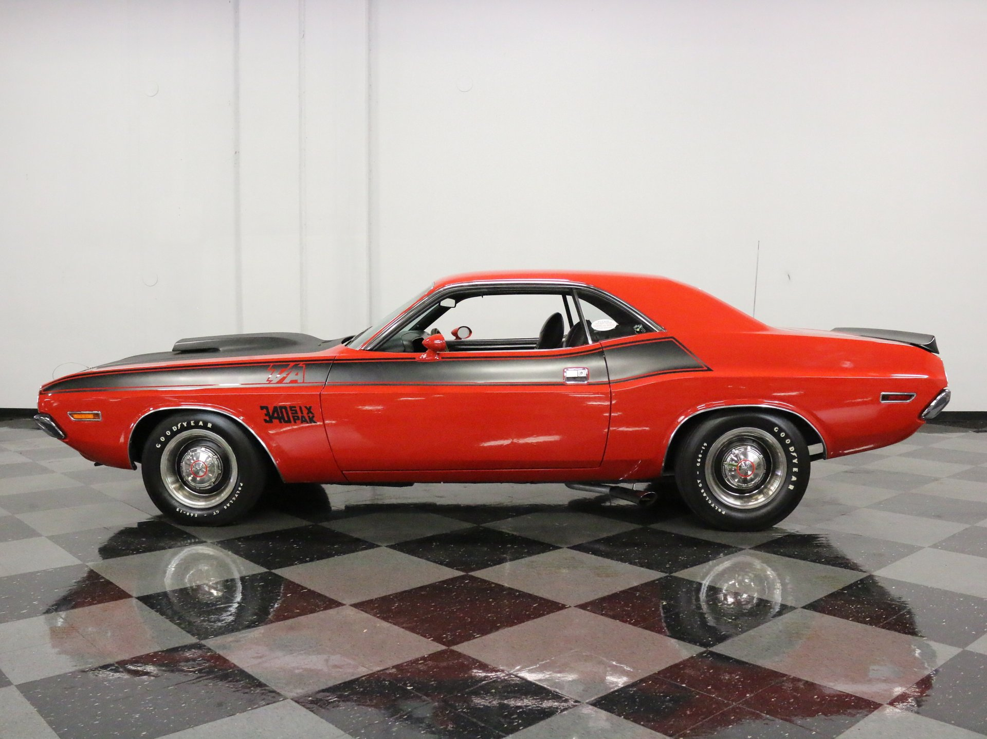 1970 dodge challenger t a six pack