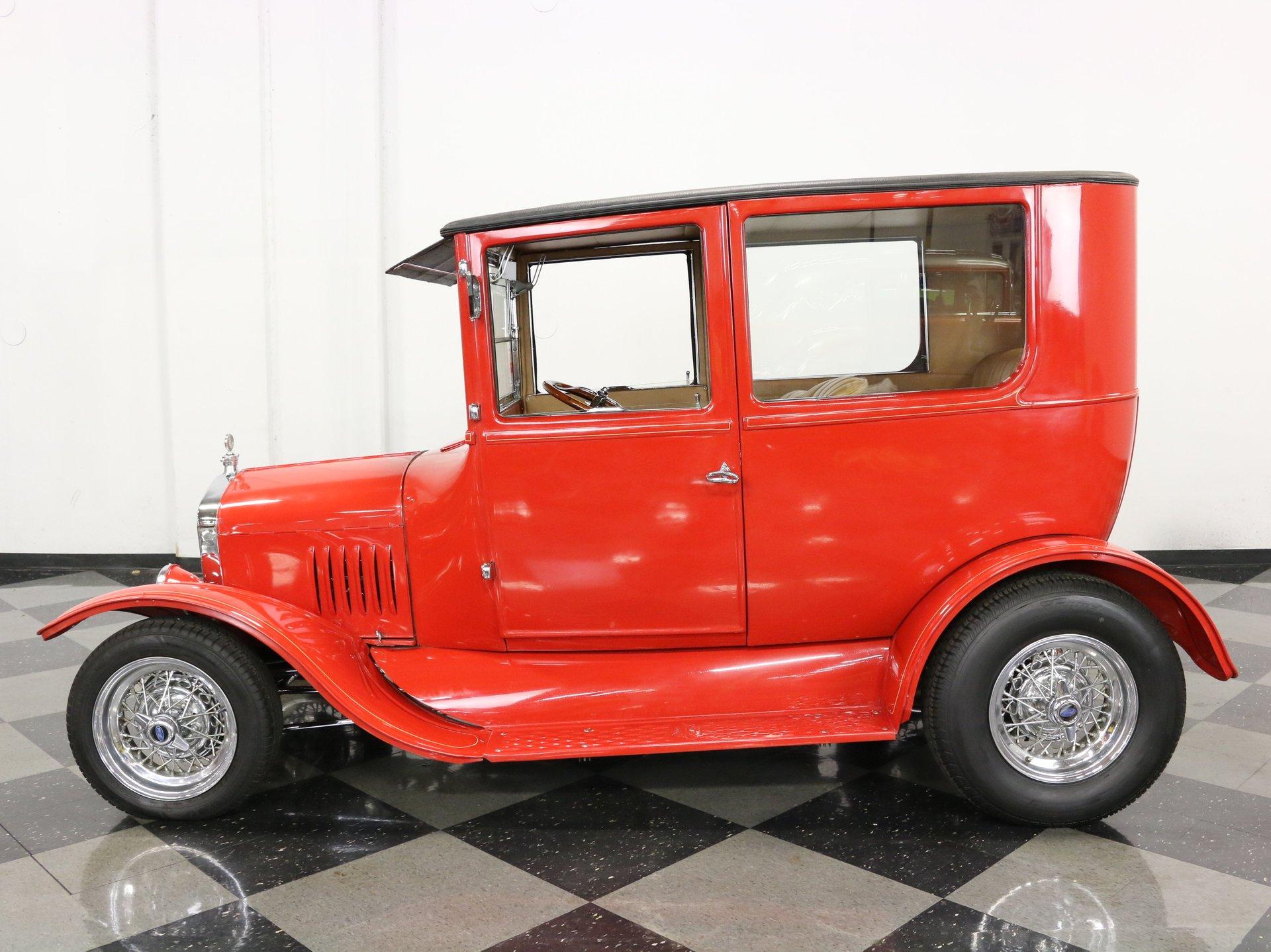 1924 ford model t sedan