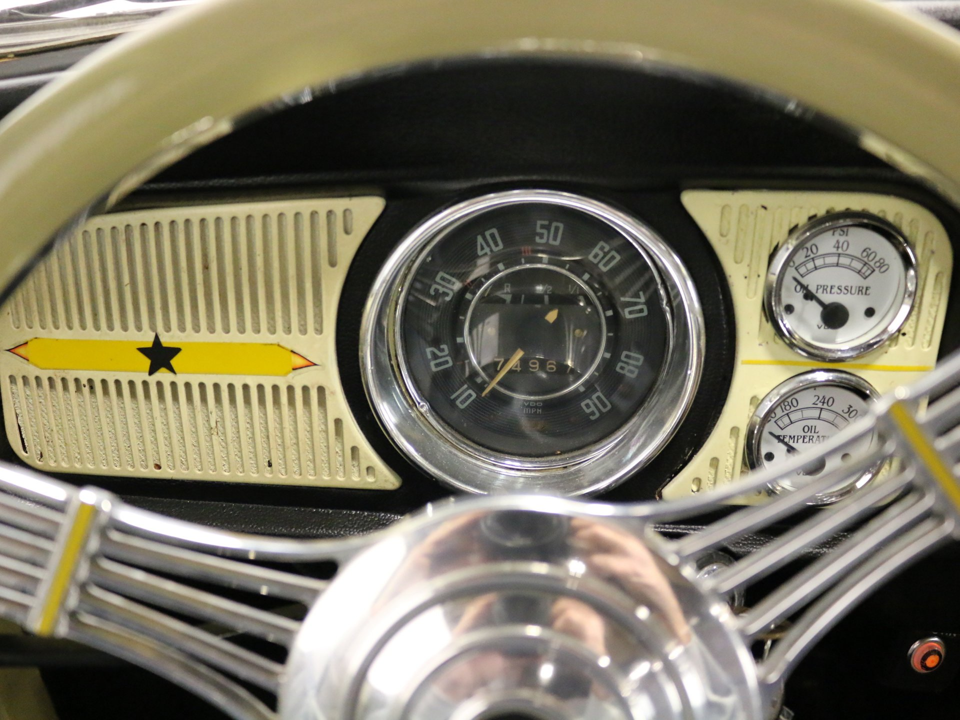 1968 Volkswagen Beetle | Streetside Classics - The Nation's