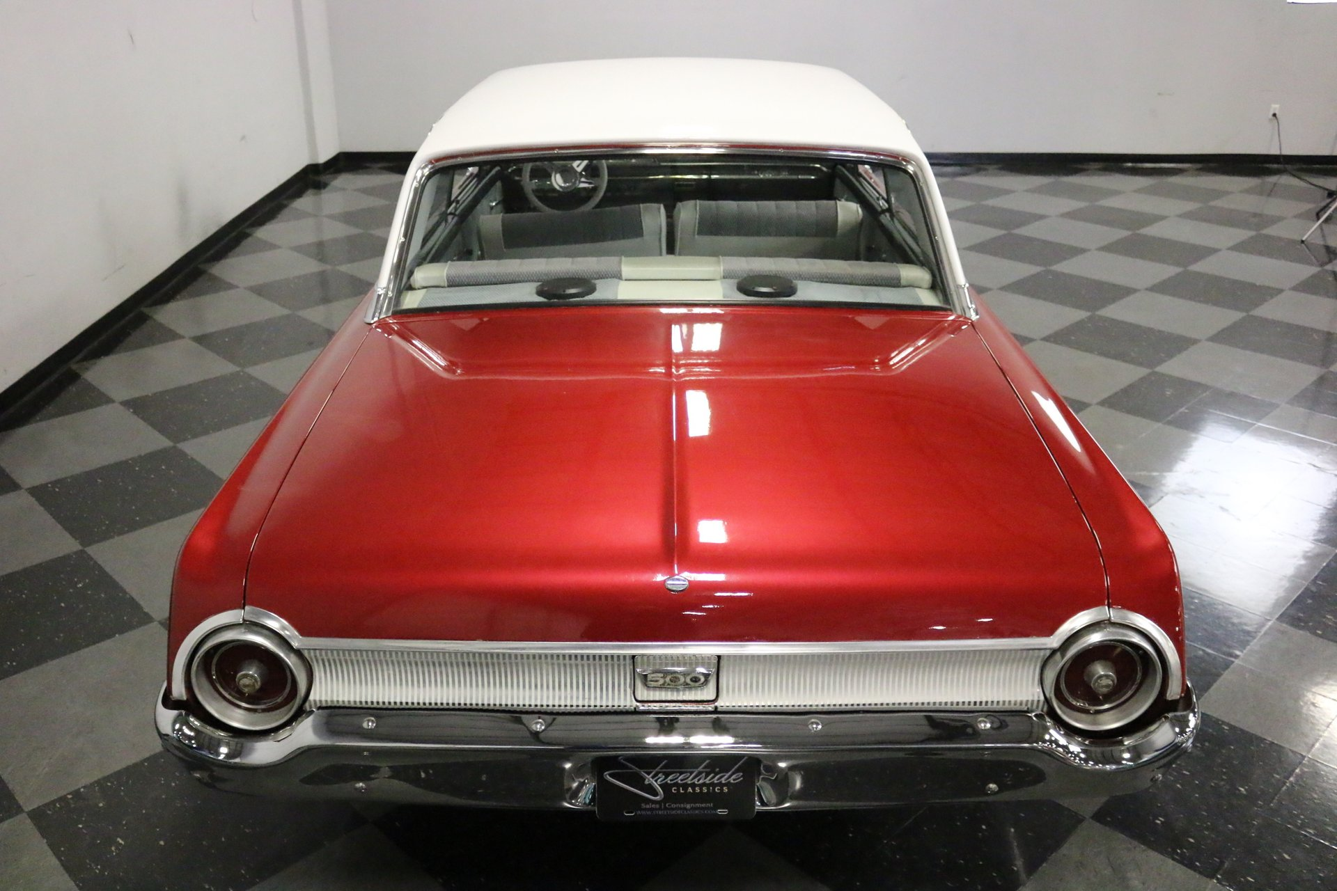 1962 Ford Galaxie   Streetside Classics - The Nation's