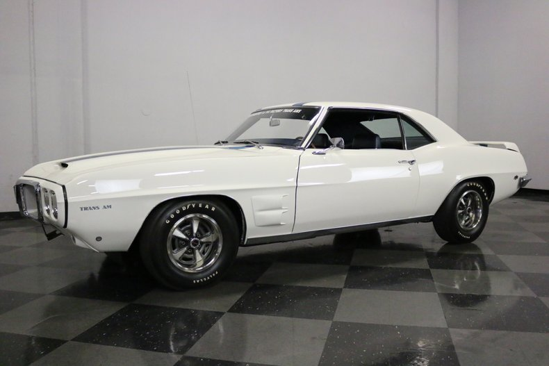 1969 Pontiac Firebird 6