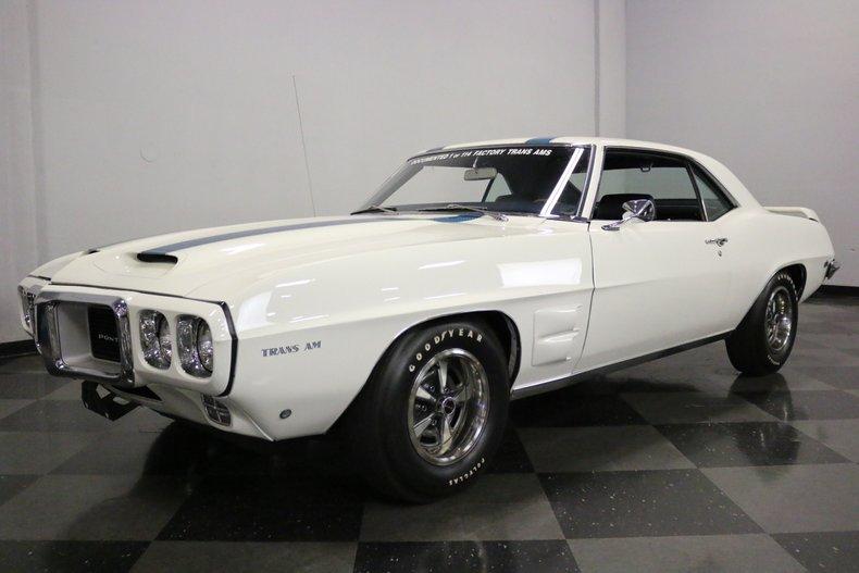 1969 Pontiac Firebird 5