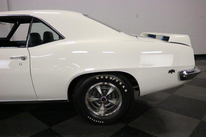1969 Pontiac Firebird 27