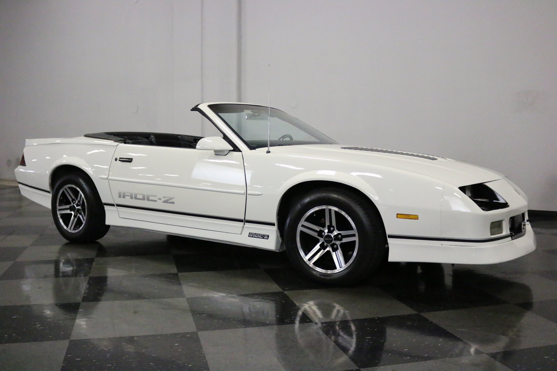 1990 chevrolet camaro streetside classics the nation s trusted classic car consignment dealer 1990 chevrolet camaro streetside