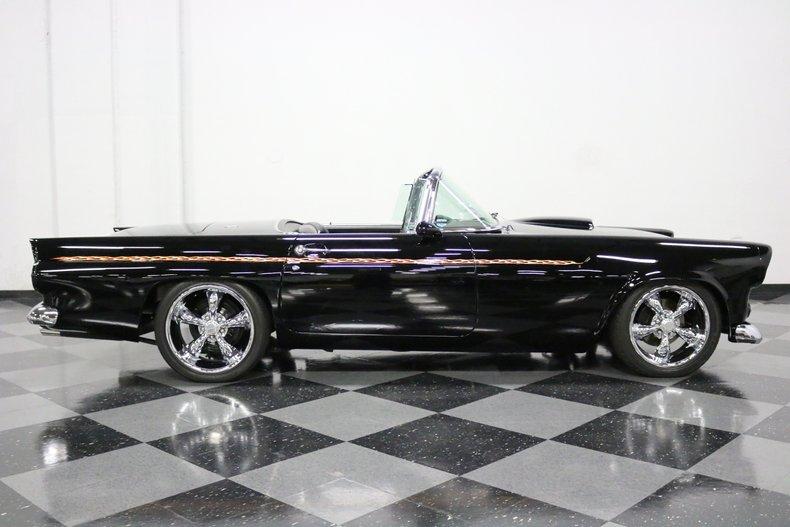 1956 Ford Thunderbird 38