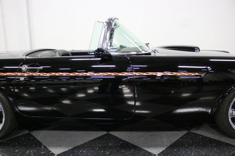 1956 Ford Thunderbird 40
