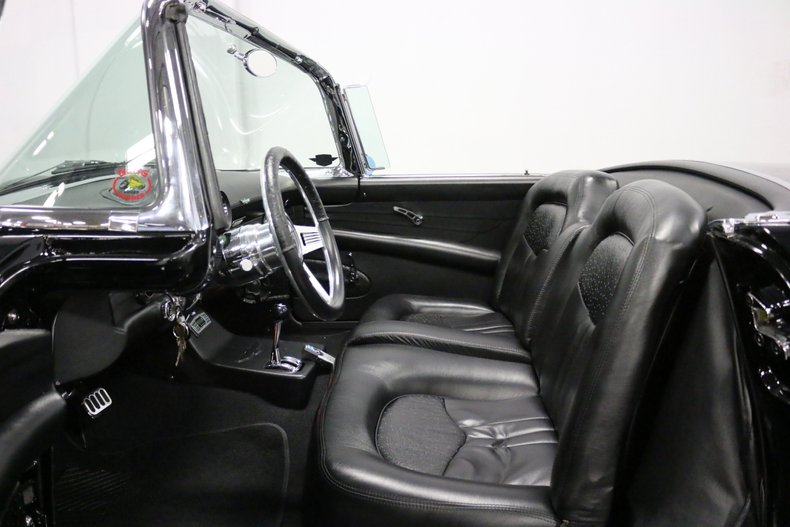 1956 Ford Thunderbird 4