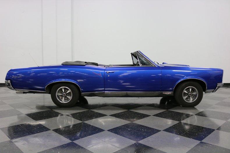 1967 Pontiac GTO 38