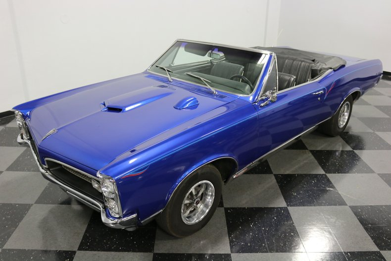 1967 Pontiac GTO 21