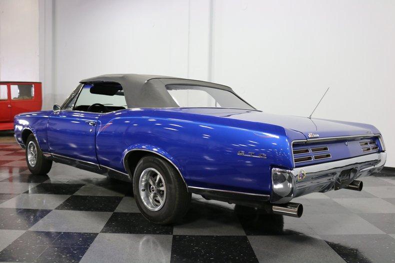 1967 Pontiac GTO 25