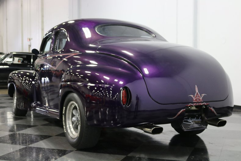 1946 Ford Coupe 10