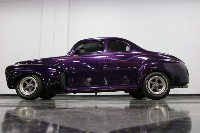 1946 Ford Coupe 25