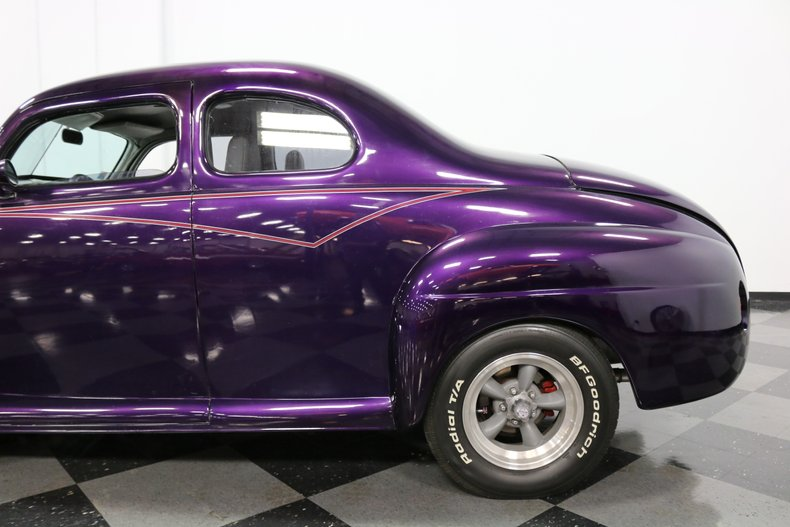 1946 Ford Coupe 28