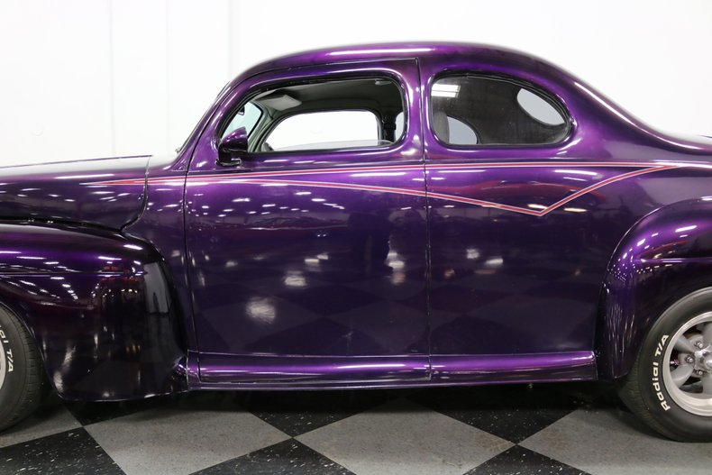 1946 Ford Coupe 27