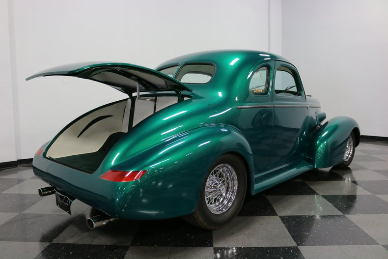 1937 Buick Coupe 42