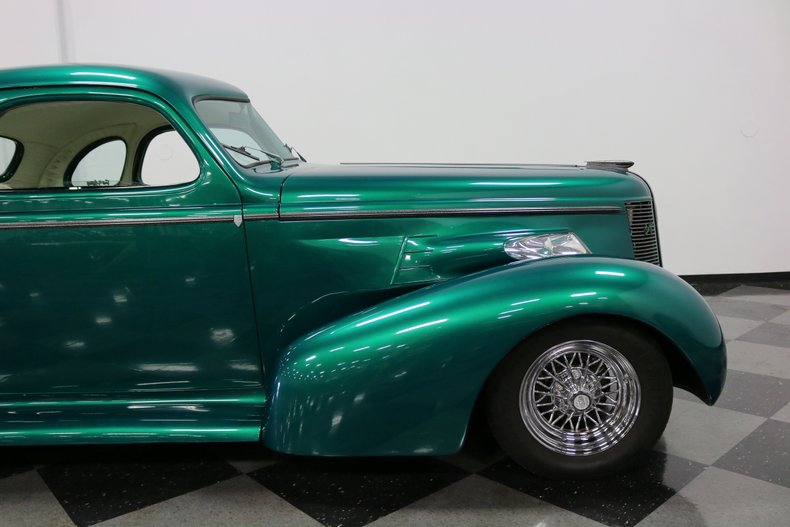 1937 Buick Coupe 37