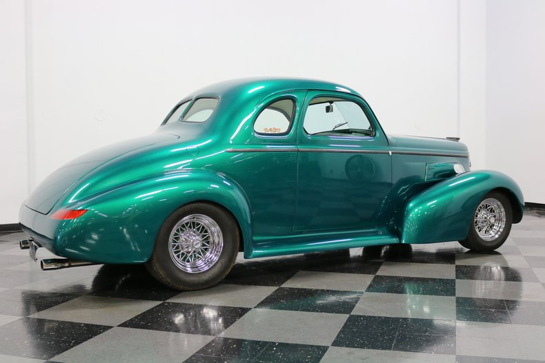 1937 Buick Coupe 14