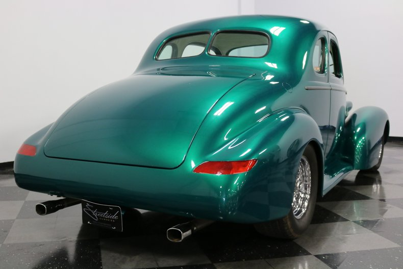 1937 Buick Coupe 12