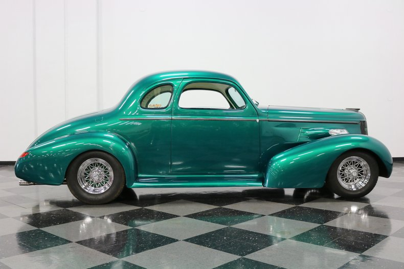1937 Buick Coupe 15