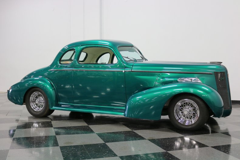 1937 Buick Coupe 16
