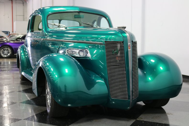 1937 Buick Coupe 18