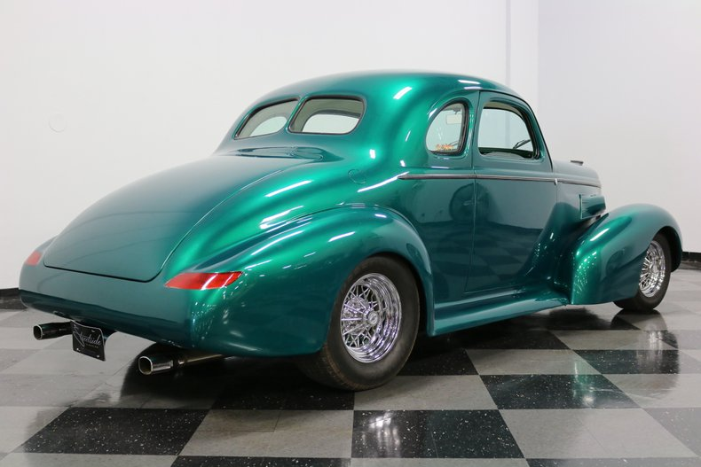 1937 Buick Coupe 13