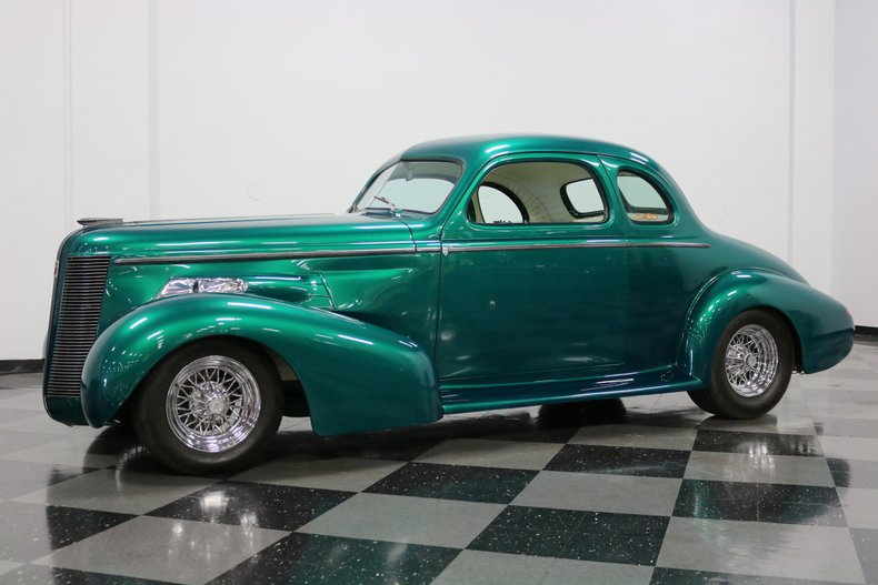 1937 Buick Coupe 6