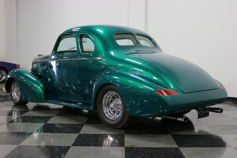1937 Buick Coupe 9