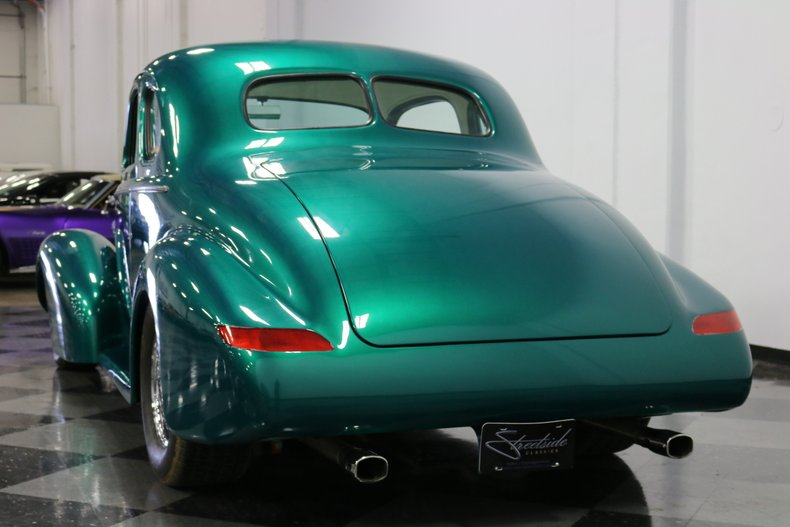 1937 Buick Coupe 10