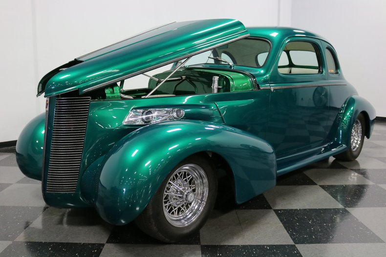 1937 Buick Coupe 39